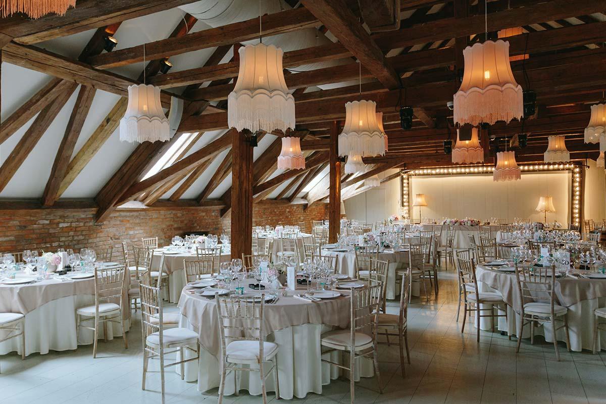 Sala De Nunți și Evenimente în Cluj Napoca La Mansarda Casei Boema