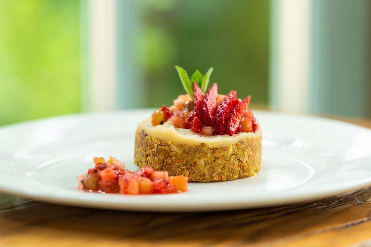 Prăjitură raw-vegan la restaurantul Casa Boema din Cluj-Napoca